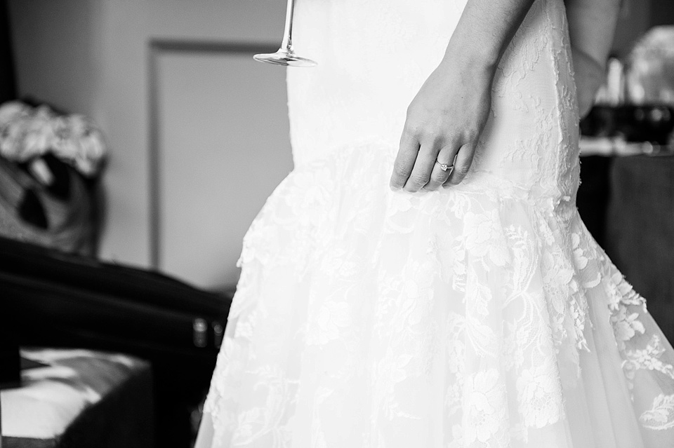 Sheath Wedding Dresses London : London wedding photographer city chic at kensington roof
