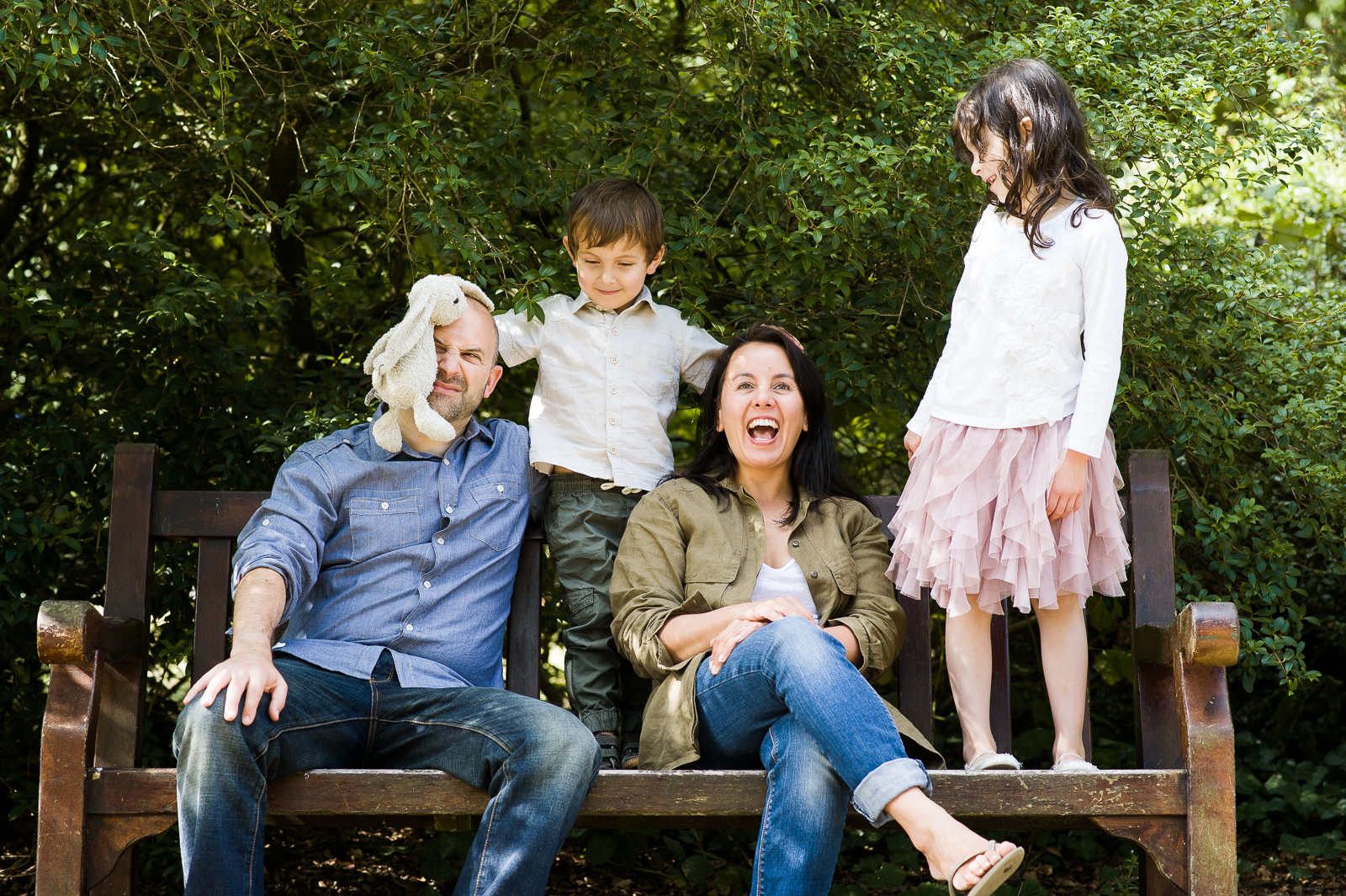 Relaxed family photography style